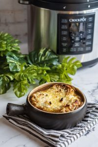 vegan french onion soup with melted vegan cheese